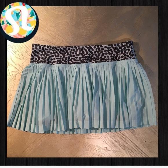 lululemon athletica Dresses & Skirts - NWOT LULULEMON TENNIS SKIRT